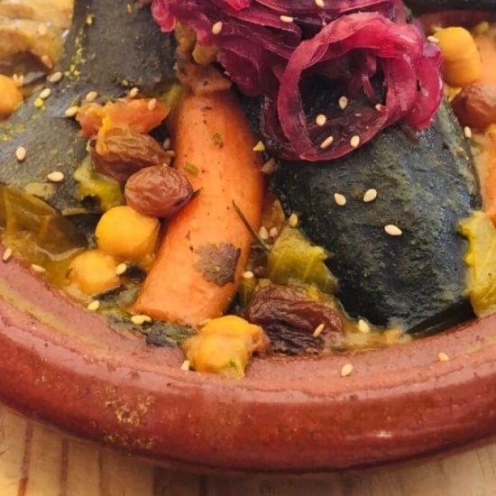 Vegetable-Tajine-Moroccan-Restaurant-Teteria-de-Hierbabuena-1000x666